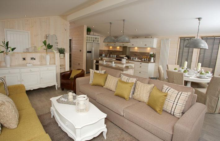 Casa di lusso lounge kitchen holiday home living for Casa di lusso