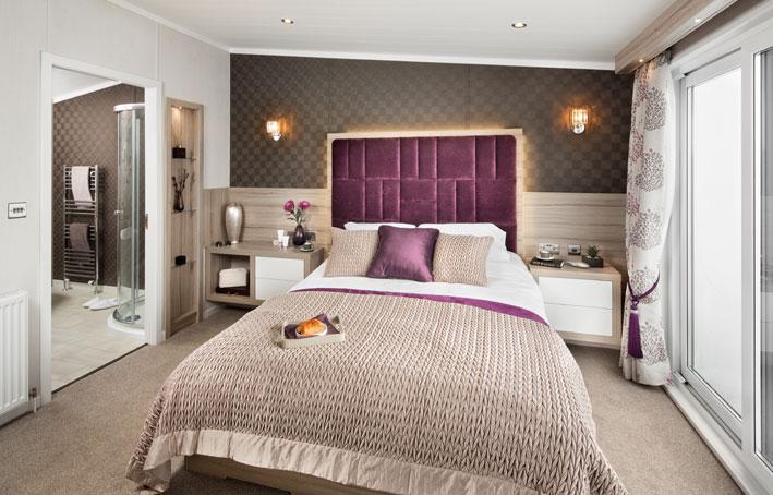 Swift Whistler Lodge Main bedroom