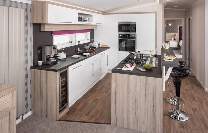 Swift Whistler Lodge Kitchen