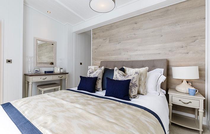 Prestige hampton main bedroom